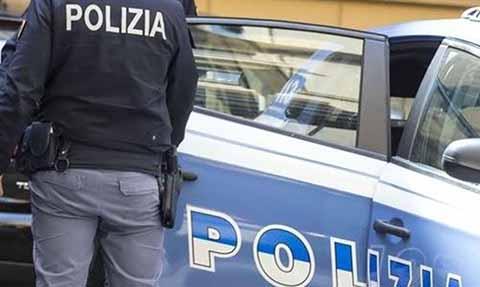 Polizia arresta rumeni